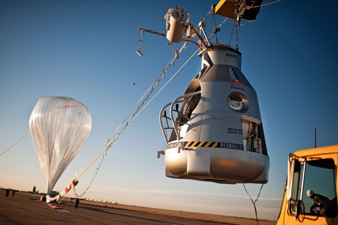red-bull-stratos-balloon